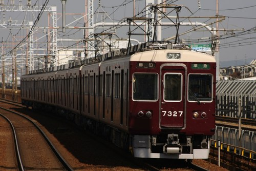 阪急7300系7327F