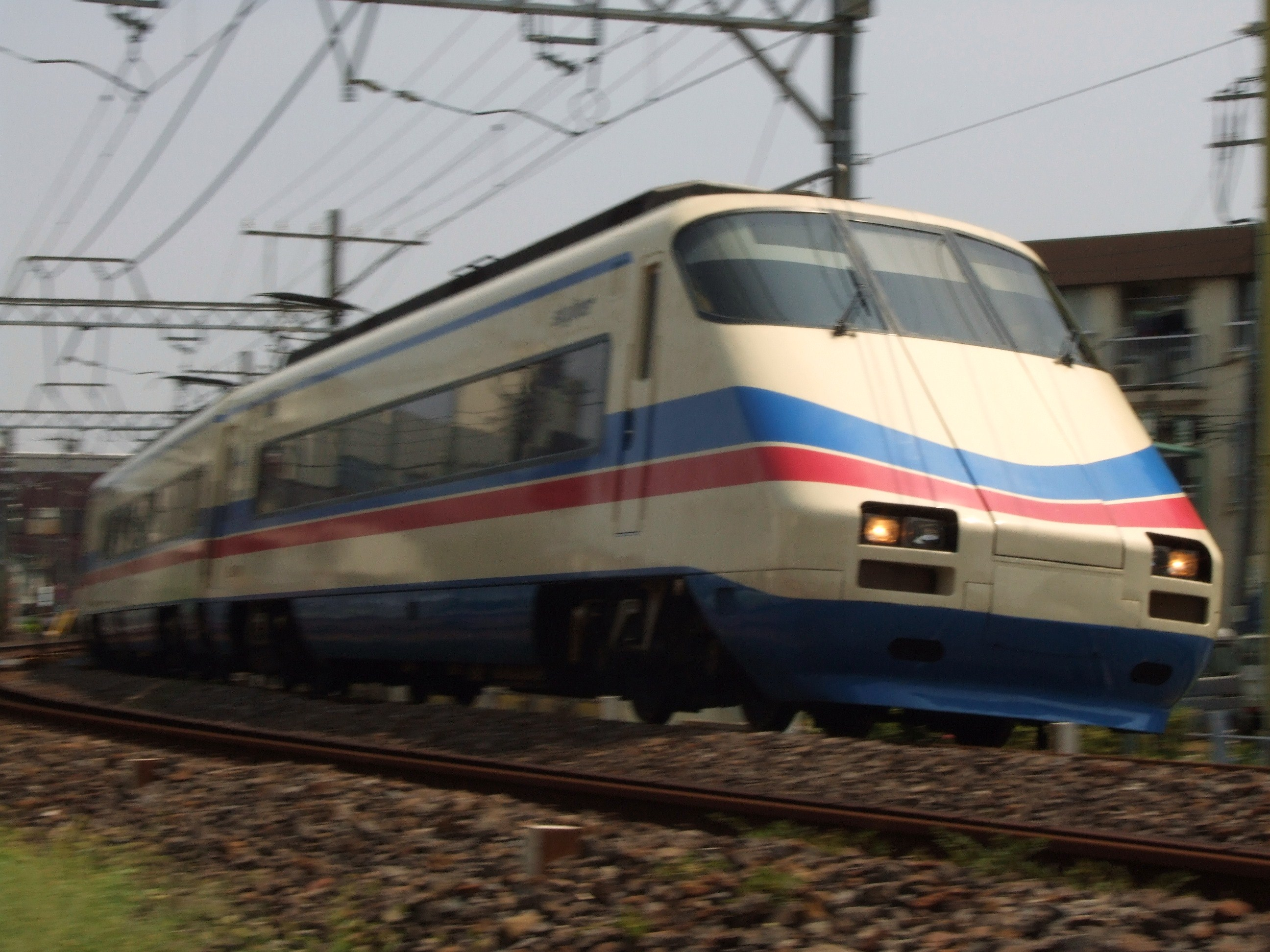 2008_08030006